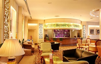 - Howard Johnson Paragon Hotel Beijing