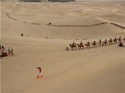 Dunhuang Half Day Tour to The Singing Sand Hill and Crescent Lake