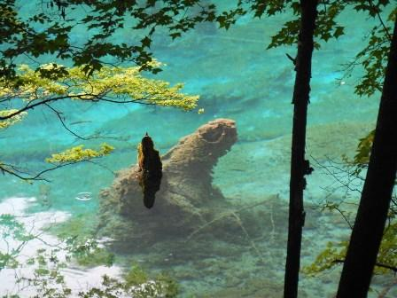 4-Day Jiuzhaigou Tour-Fairyland on Earth (w/ flights)